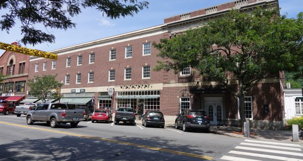 Bellows Falls, Windham Hotel