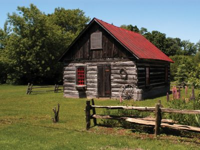 Log Cabin (Historical Society), Franklin