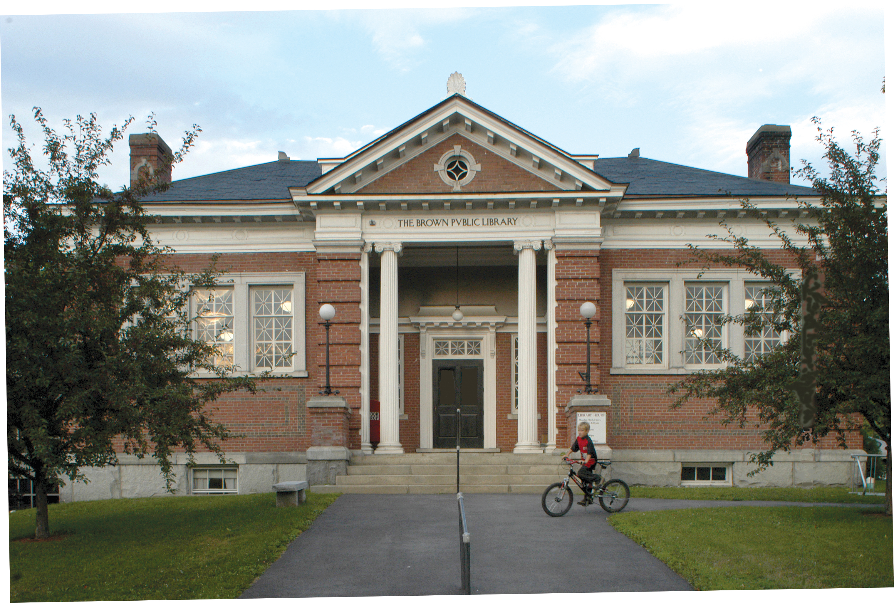 Northfield Brown Public Library And Historical Society