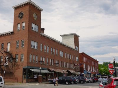 Governor Signs Bill To Encourage Development In Downtowns | Vermont Business Magazine