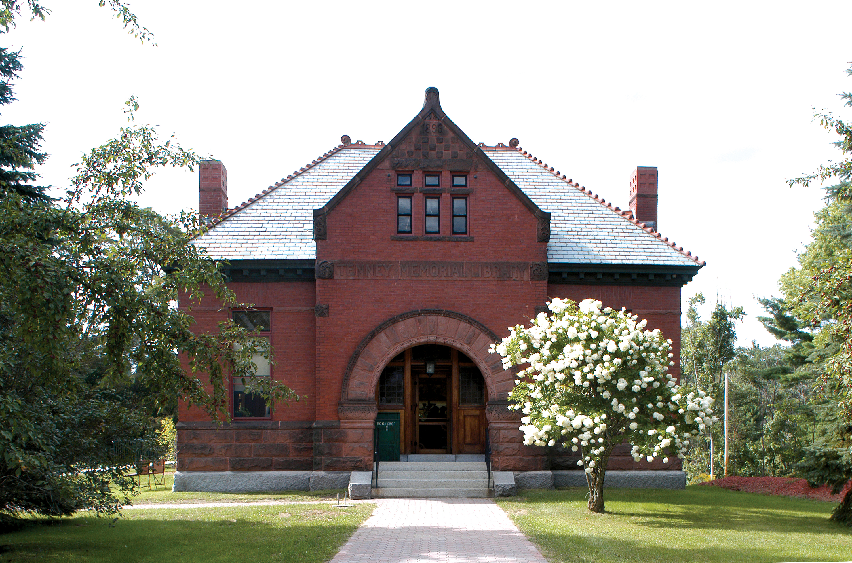 Newbury Tenney Library