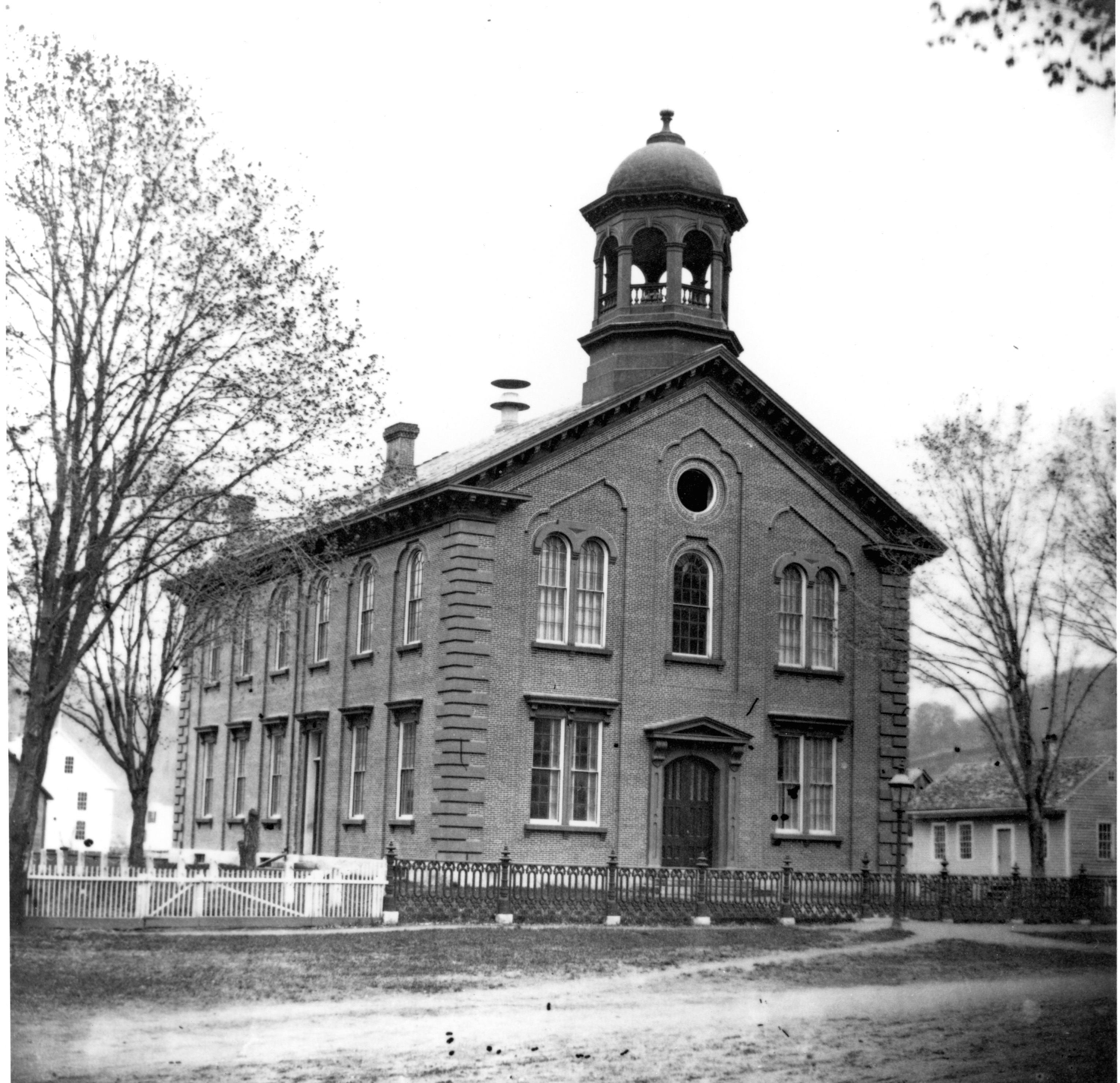 WINSDOR COUNTY COURTHOUSE CIRCA 1870.
